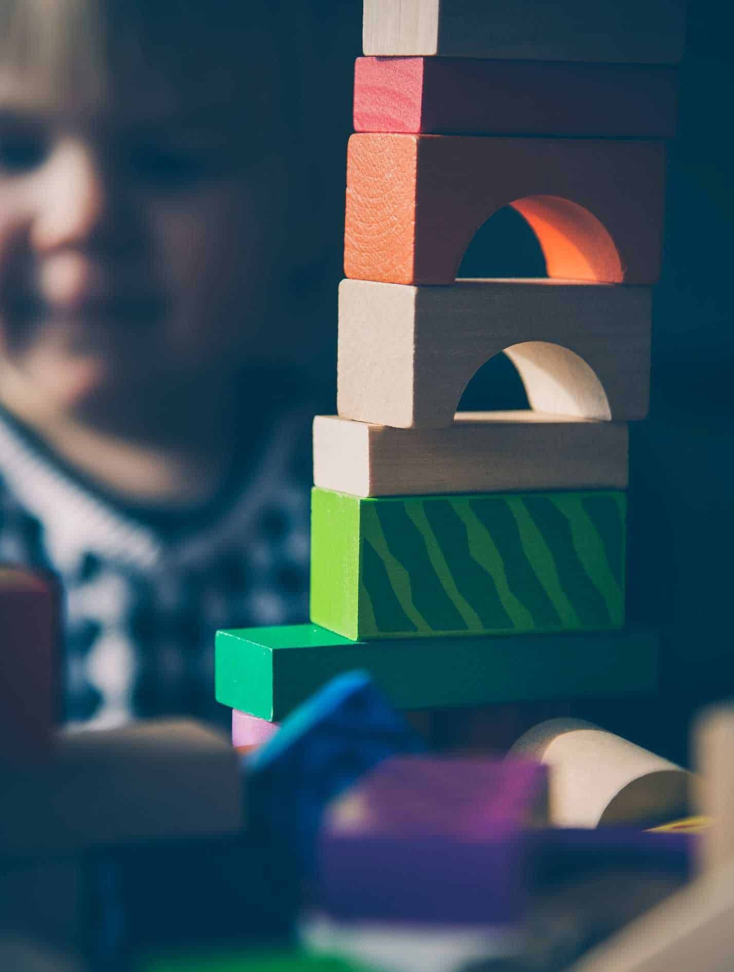 Dependencies: tower of wooden blocks